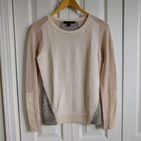 ANN TAYLOR SP cream 100% merino wool sweater